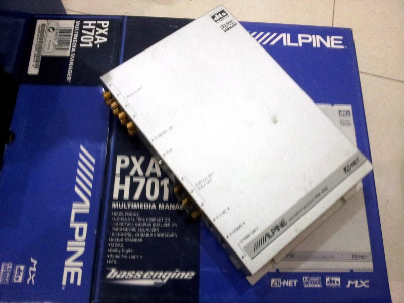 Alpine PXA-H701+C701 (Used) Alpine11