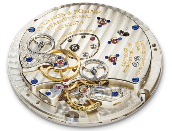 montre look sportive (automobile-voile) pour 500-800 € A-lang10