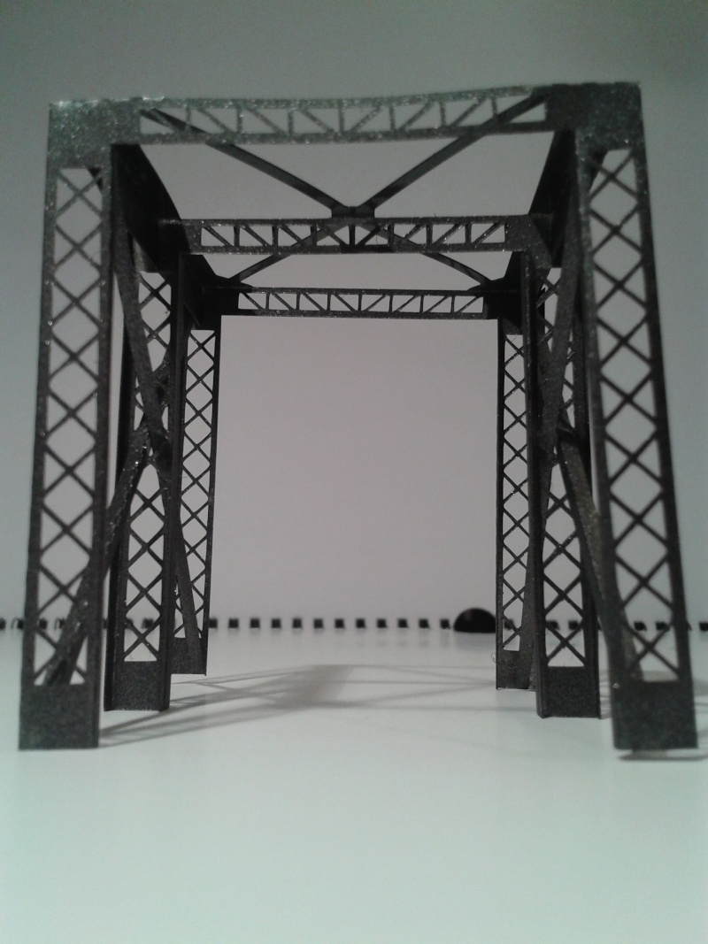Pont métallique type cage 2014-031