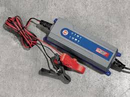 chargeur de batterie - Page 2 Charge10