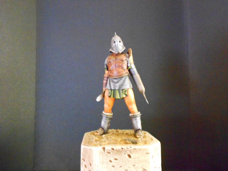 vitrine de pièces historiques Dscn0424