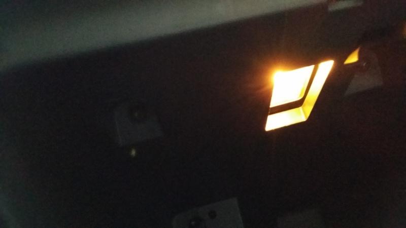 lampe boite à gants 20140729