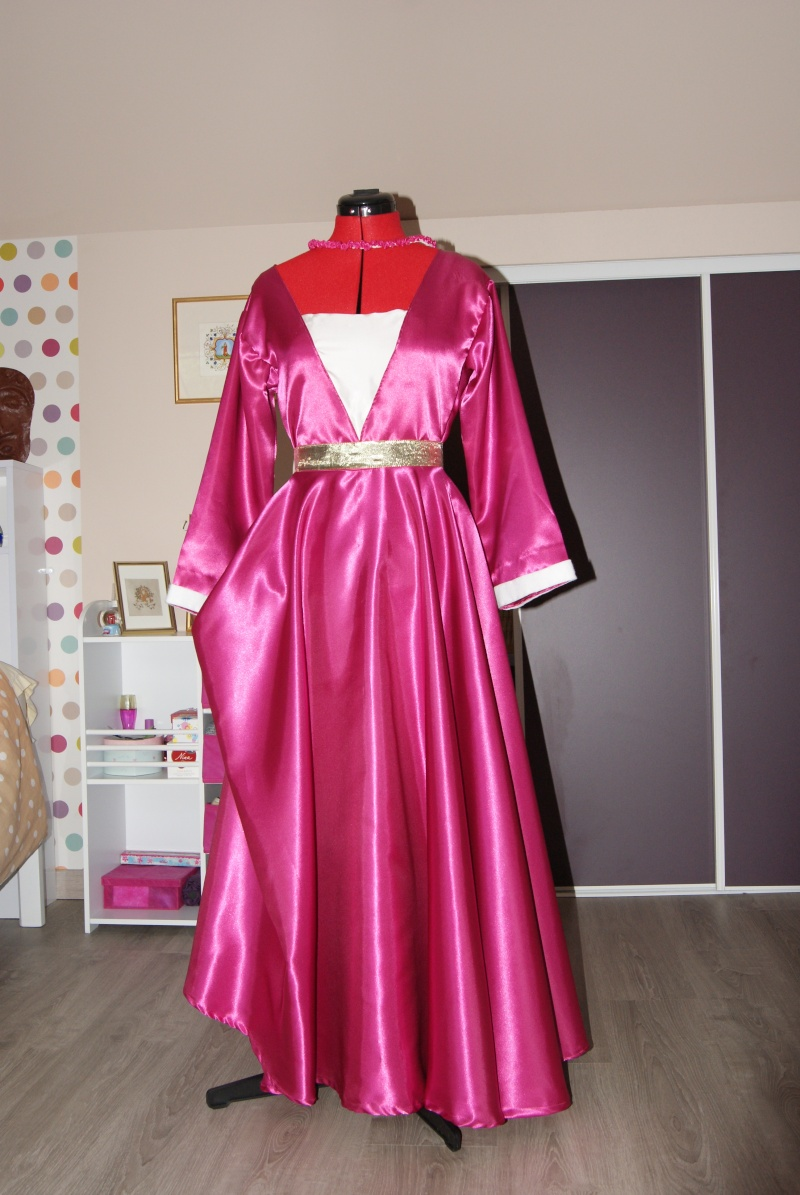 Robe à tassel Dsc02814