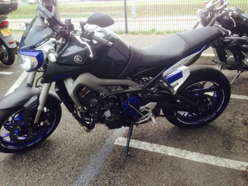 MT race blue Cepetcity Image12