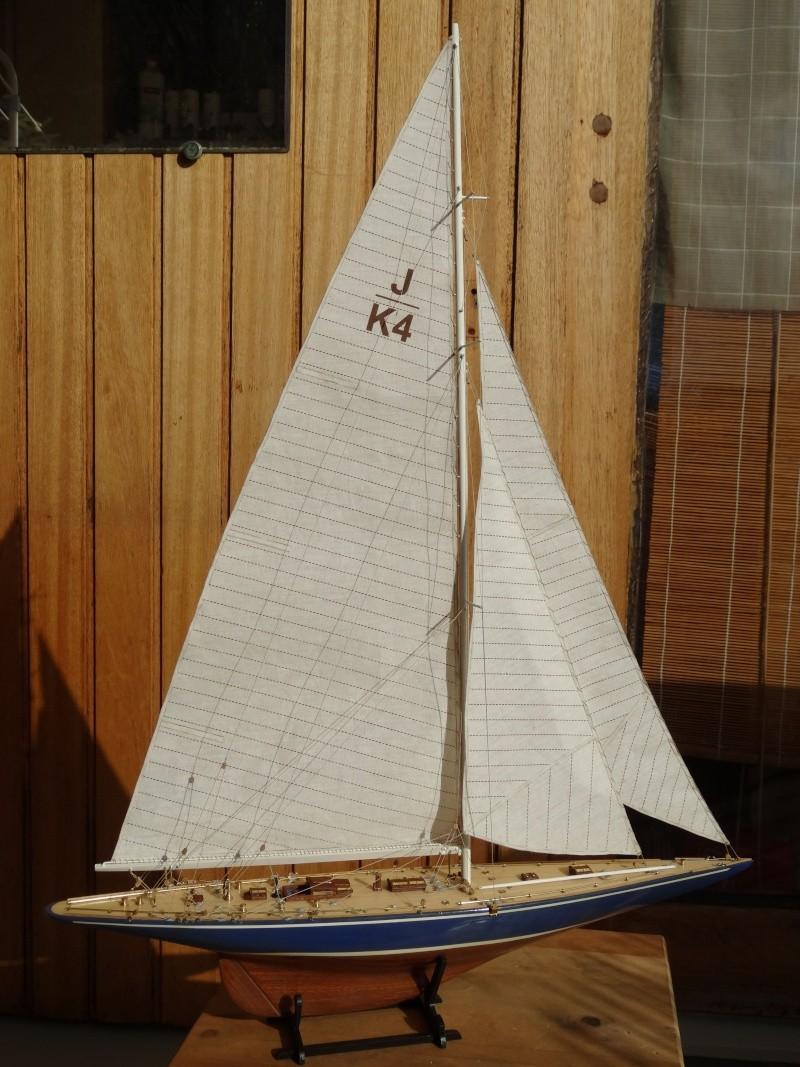 Endeavour 1934 de Amati au 1/80° Dsc00210