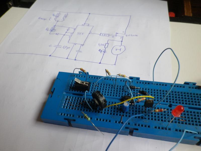 Systèmes de graissage automatique de chaine - Page 3 Imgp0112
