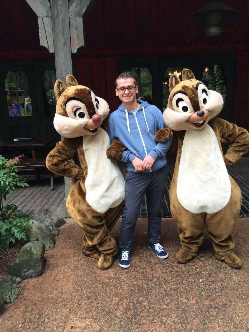 Vos photos avec les Personnages Disney - Page 2 Img_0910