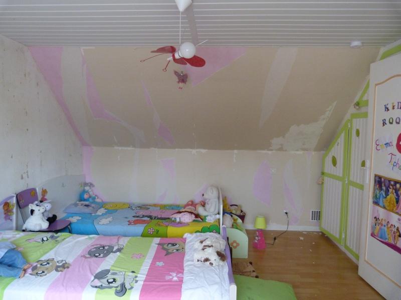 Décoration d'une chambre pour filles P1120210