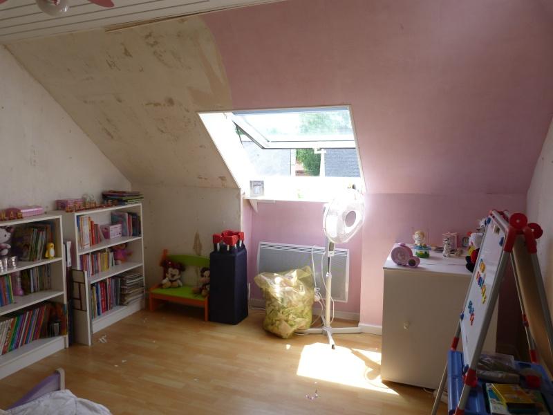 Décoration d'une chambre pour filles P1120212