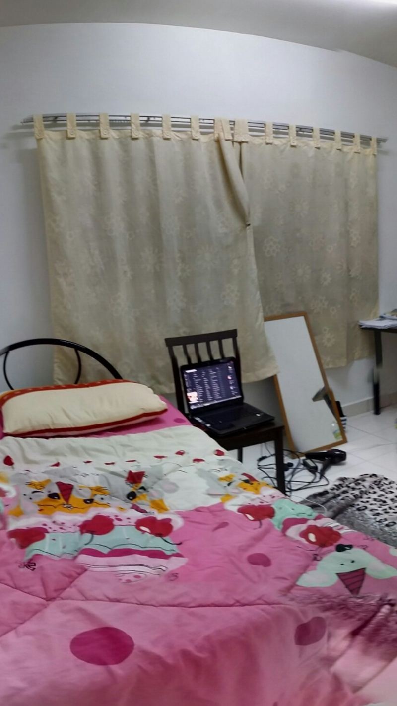 Big middle room for rent, monthly rental RM580 (Available on August) Screen12