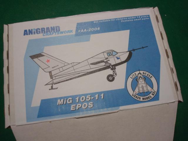 MIG 105-11 EPOS. ( Anigrand ) Dsc01016