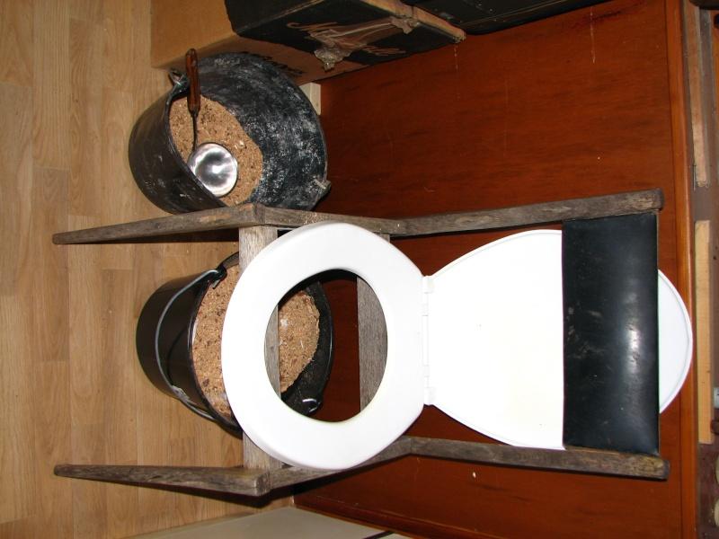 [Retex] Toilettes sèches low cost, mobiles et modulaires Img_5211
