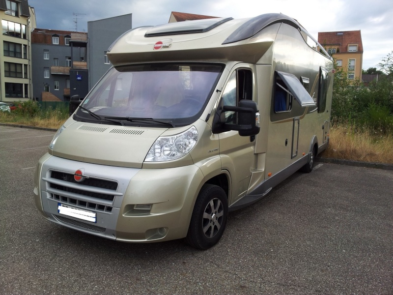 vol camping car burstner Burstn11