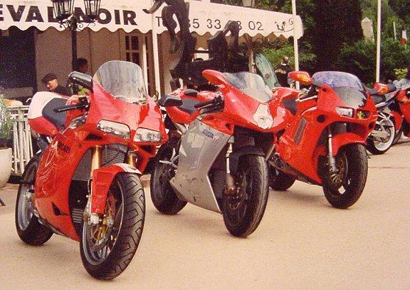 Moto unique Ducati10