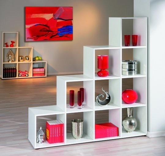 Salon / séjour avec des meubles gris Decmod10