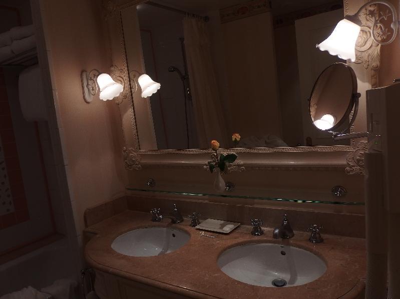 TR Disneyland Hôtel + La Belle et la Bête à Mogador pour mes 18 ans, juillet 2014 P7220310