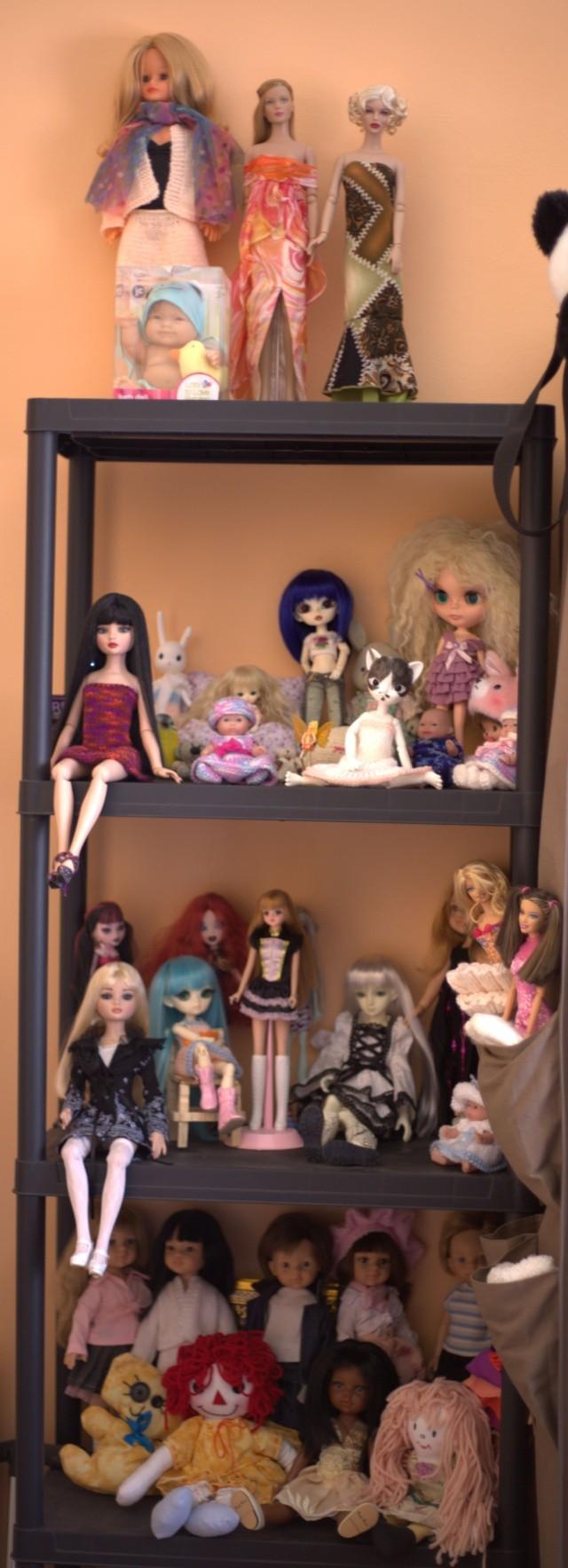 Tas de poupées aussi, j'aime bien le concept :) Img_3417