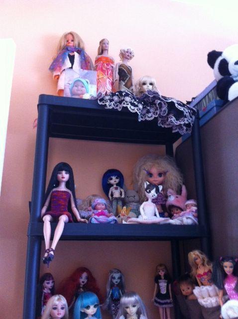Tas de poupées aussi, j'aime bien le concept :) - Page 2 Photo_12