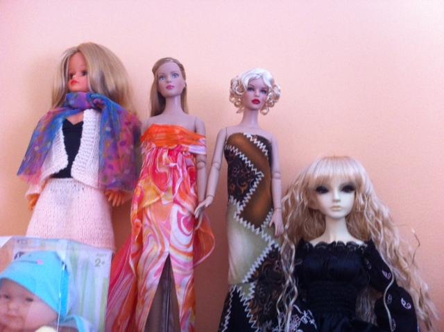Tas de poupées aussi, j'aime bien le concept :) - Page 2 Photo_14