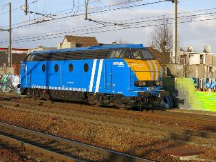Les type 62/63 INFRA bleues et les grilles d'aération pour les P.C. Antwer10