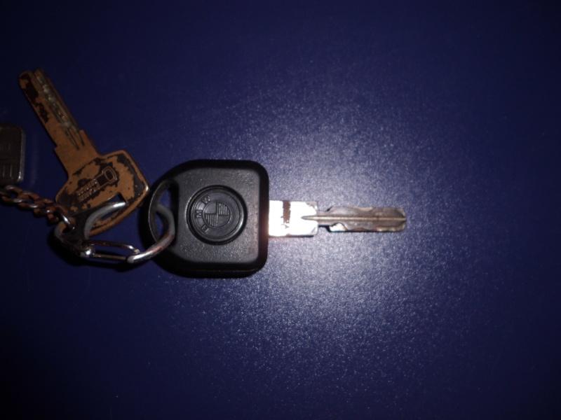 [ BMW E36 325tds an 1994 ] Problème télécommande (résolu) Cly10