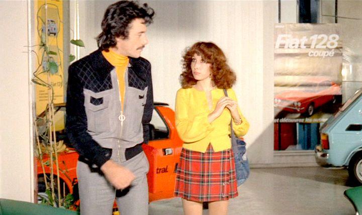 """Garages des années 70 """"hauts en couleurs"""" !!! ( photos, vidéos ) Fiat-117"""