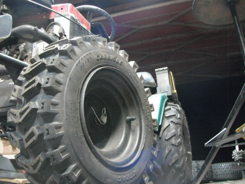 New guy, first Off Road/ Utility tractor build. Dscf4314