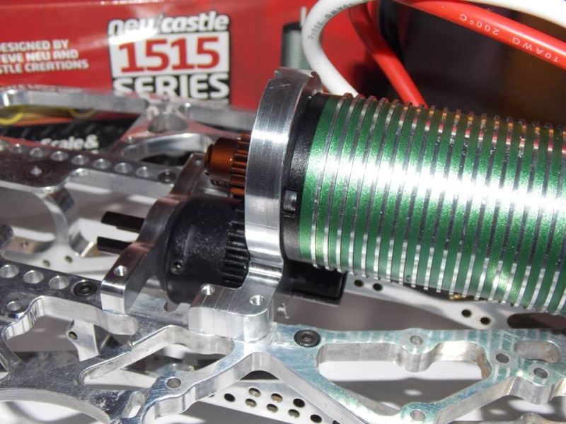 BL center diff mount for nitro chassis 10120910