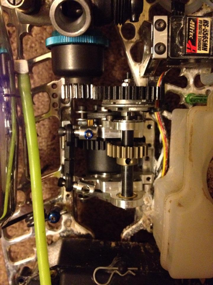 nitro center diff mount 19079510