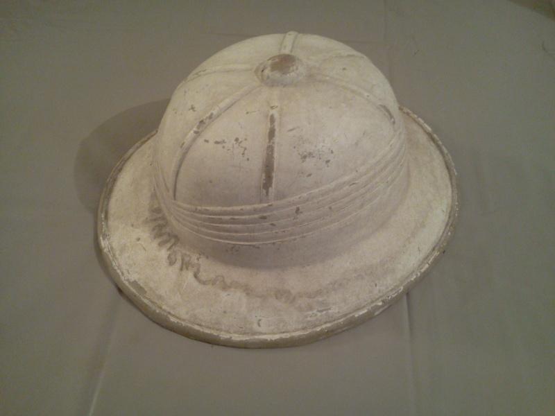 Montrez vos casques tropicaux - Page 3 Photo153