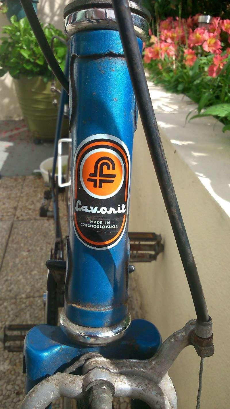 """Favorit """"made in czechoslovakia"""" 210"""