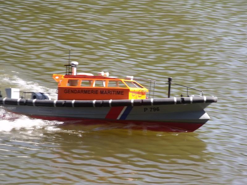 Vedette de surveillance (securité) maritime et portuaire Dscf1612