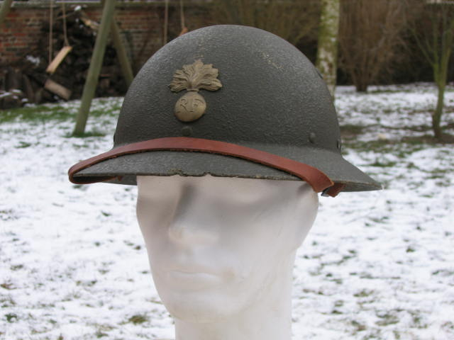Montrez vos casques tropicaux 61_64010