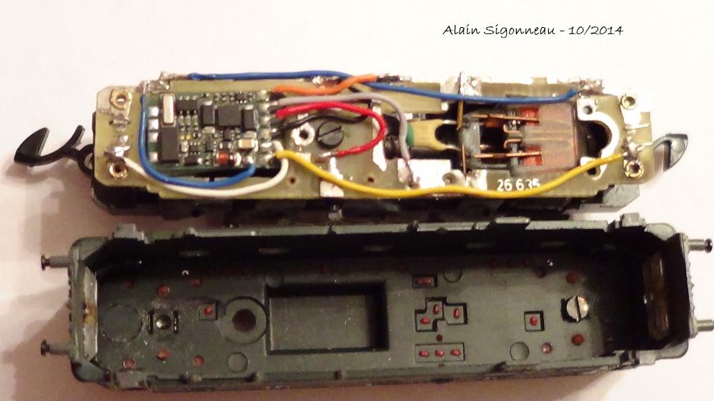 Digitalisation AE 3/6 Marklin Z + décodeur Lenz SILVERmini+ 80dsc010