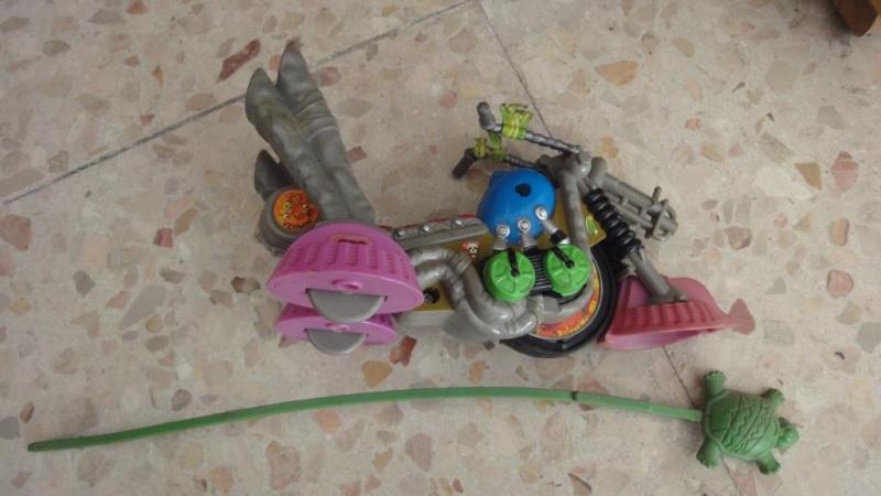 cerco fogne, technodromo e personaggi vari tartarughe ninja Dsc05926