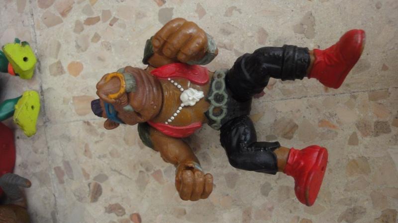 cerco fogne, technodromo e personaggi vari tartarughe ninja Dsc05927