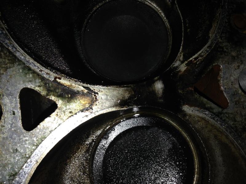 problème de culasse ou joint de culasse sur S2 2.5L essence Img_1410