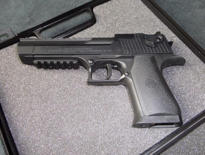 Premier pistolet à plombs Sam_0411