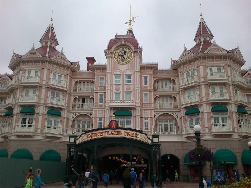 TR : Disneyland sous 3 saisons ^^ Disney10