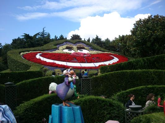 TR : Disneyland sous 3 saisons ^^ Labyri10