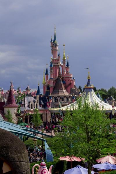 TR : Disneyland sous 3 saisons ^^ Vue_du10