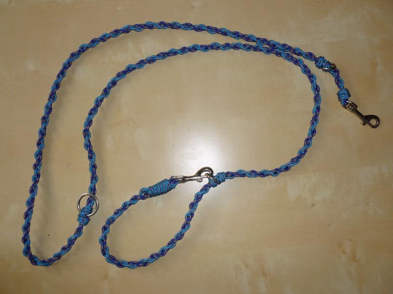 Fabriquer un collier en cordelette nouée (Paracorde) - Page 4 P1090212