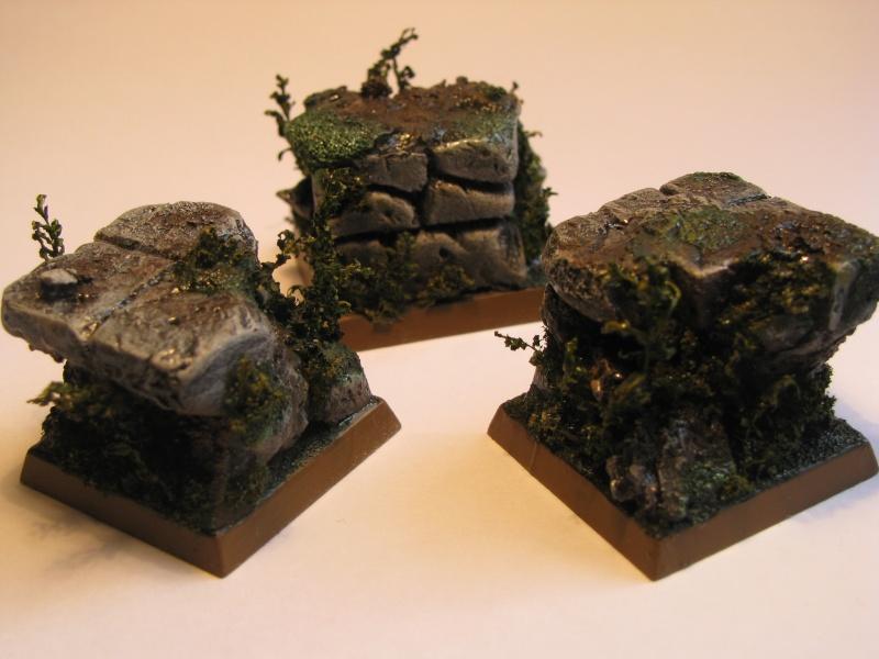 socles ruines et végétation Img_8414