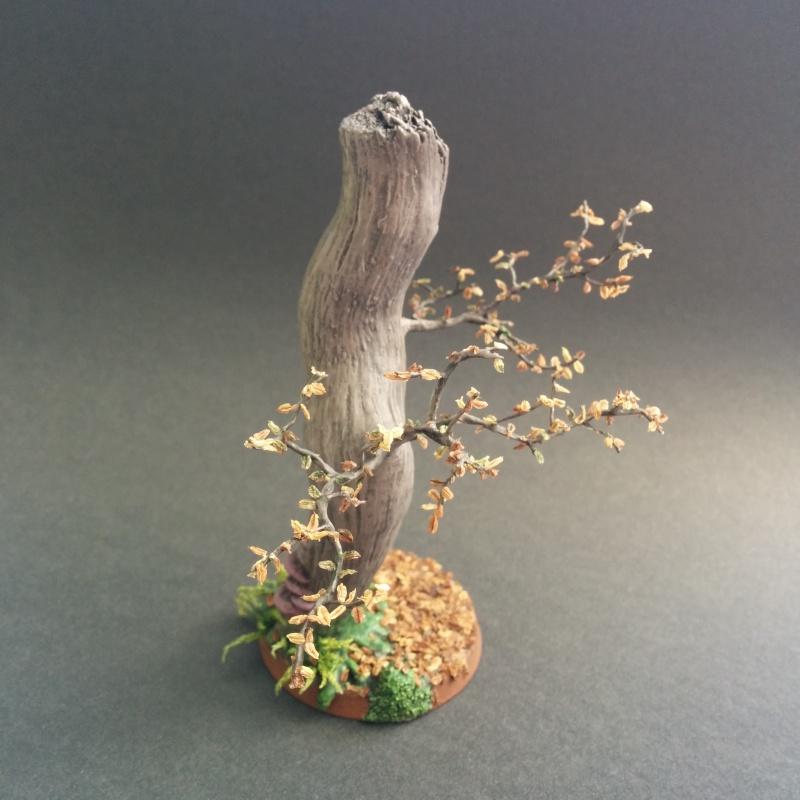 Socle 40mm arbre d'automne d'Ezborel Sans_t10