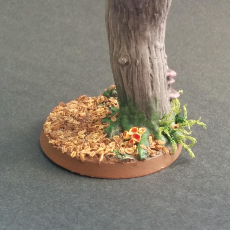 Socle 40mm arbre d'automne d'Ezborel Sans_t12