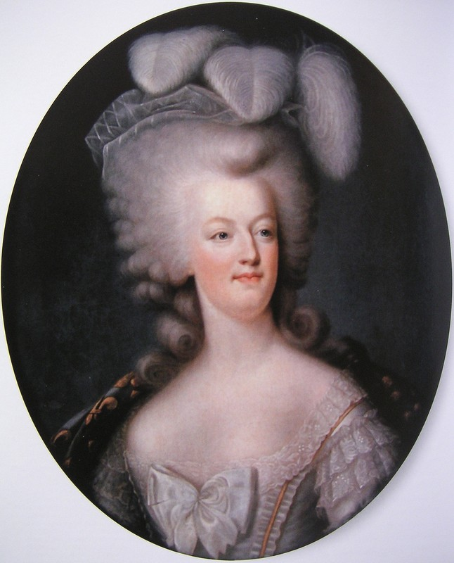 A vendre: miniatures de Marie Antoinette et de ses proches - Page 3 23293010