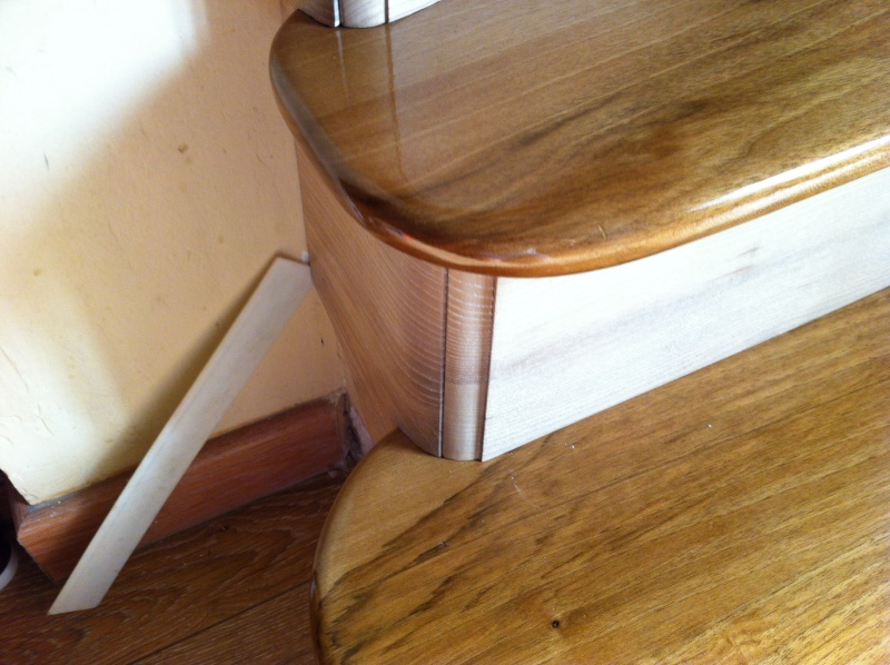 Habillage d'un escalier en beton - Page 2 Image41