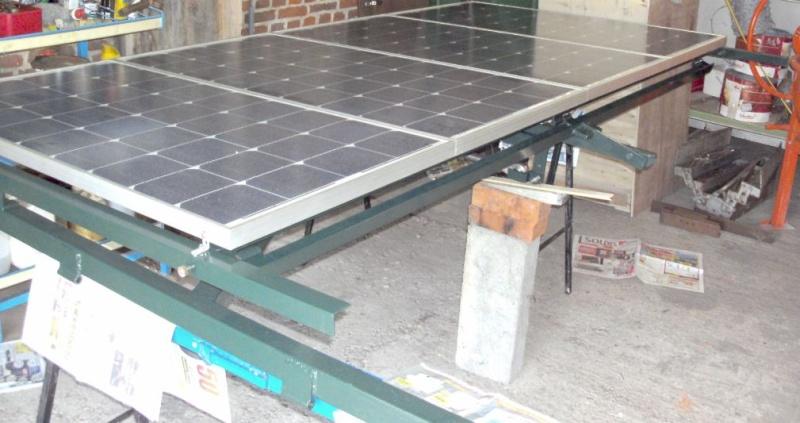 Réalisation d'un cadre photovoltaïque orientable pour injection batteries ou réseau (EDF). 910