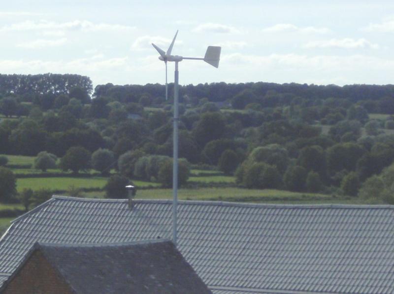 Installation d'une éolienne 750w-24v. En_fon13
