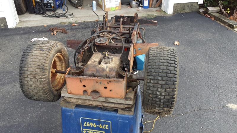 Vtwin Ford Race Mower - Page 2 20141018